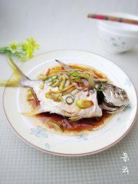 绝味的清蒸金鲳鱼
