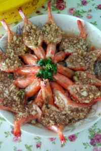 美味的蒜蓉粉丝蒸虾