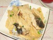家常菜腐竹焖草鱼