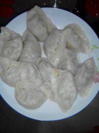 自己做的猪肉萝卜水饺