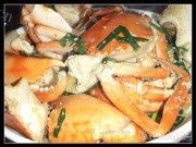 诱人的姜葱焗肉蟹