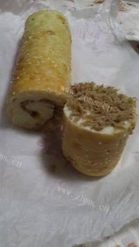 自己做的肉松面包卷