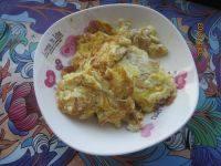 妈妈做的虾皮炒鸡蛋