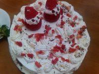 草莓奶油蛋糕(原创)