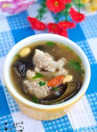垂涎欲滴的海带排骨汤