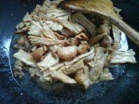 鲜香美味腐竹烧肉