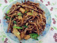 家常菜烟笋炒肉