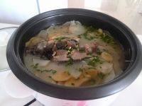 营养鲫鱼萝卜汤