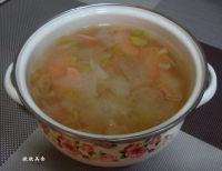 美味的火腿冬瓜汤