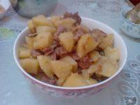 超级好吃的牛肉炖土豆
