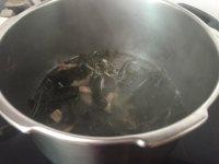 独特的海带排骨汤