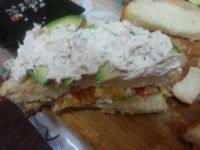 好吃不腻的金枪鱼三明治