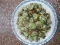 美味的雪菜炒蚕豆