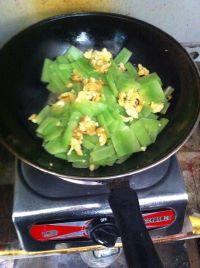 #营养美食#莴笋炒鸡蛋