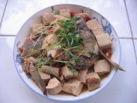 简单版鱼头炖豆腐