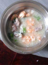 美味的虾粥