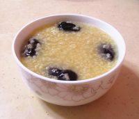 #爱美食#红枣小米粥