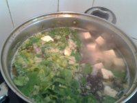 美味的紫菜豆腐汤