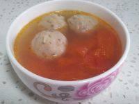 美味的西红柿丸子汤