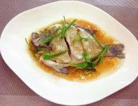 家常菜清蒸太阳鱼