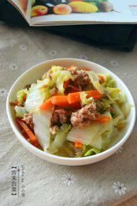 家常菜肉末白菜