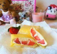 西式甜点草莓班戟
