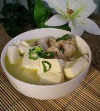 家常菜草鱼炖豆腐