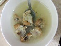 美味的清炖排骨汤