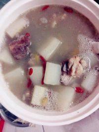 美味的萝卜汤
