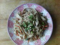 家常菜凉拌豆腐皮