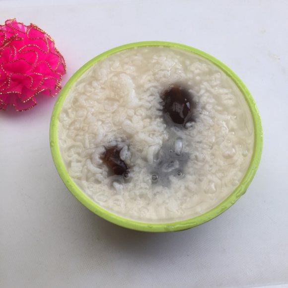 阿胶枣粥饭