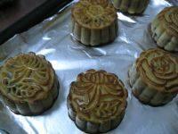 自制广式红豆沙月饼