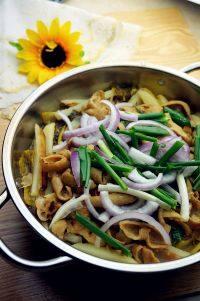 家常菜酸菜肥肠