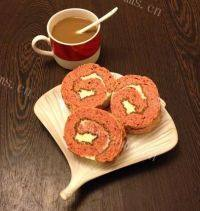自己做的红丝绒奶油蛋糕卷