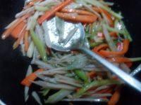 家常菜素炒三丝