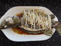 美味的清蒸桂鱼