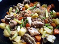 家常菜安东炖鸡
