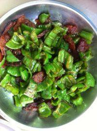 家常菜香肠炒青椒