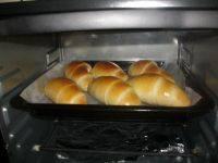 自己做的奶油面包卷