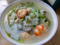 美味的海鲜粥