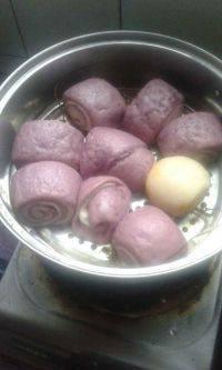 美味的紫薯花卷
