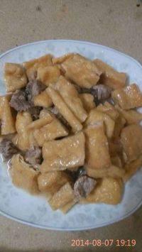 诱人的油豆腐烧肉