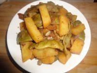 家常菜土豆炖芸豆