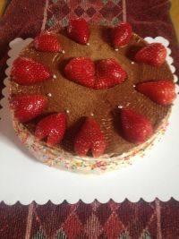简易版草莓奶油蛋糕