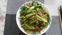 家常菜培根炒芦笋