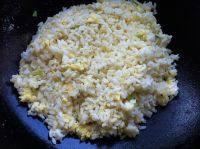 自己做的黄金蛋炒饭