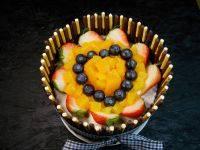 自己做的水果蛋糕