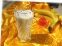 在家做的香蕉牛奶