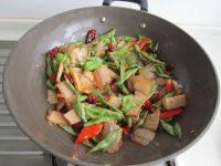 家常菜干锅四季豆