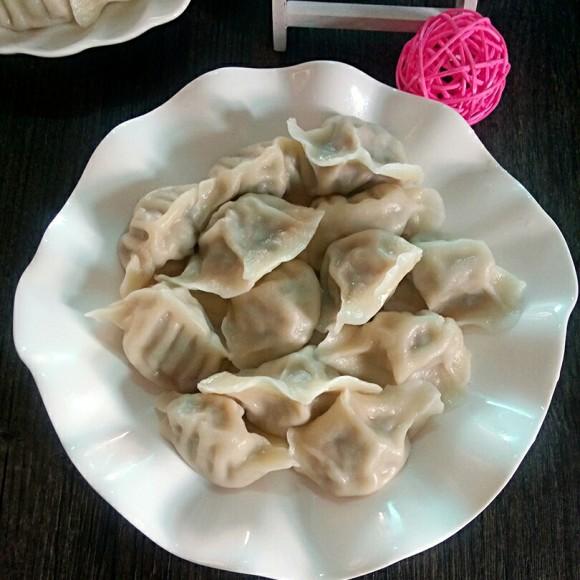 四季豆煮肉水饺